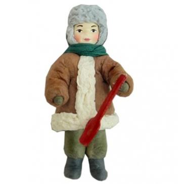 Ватная ёлочная игрушка «Мальчик с лопаткой»
