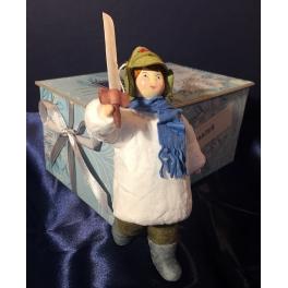 Ватная ёлочная игрушка «Мальчик с саблей»