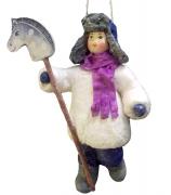 Елочная игрушка «Мальчик с лошадкой»
